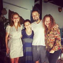 Passou voando... saudades de Ana Maria, Milena e João Paulo Mendonça... bjos em todos e minha gratidão @roseiramur