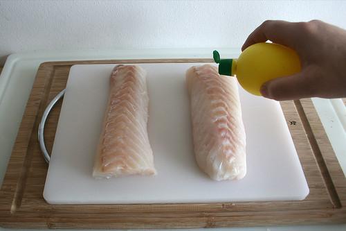 30 - Fisch mit Zitronensaft beträufeln / Sprinkle fish with lemon juice