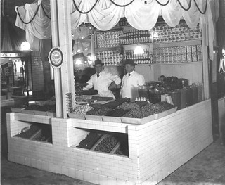 Photograph of a Dried-Fruit and Condiment Stand in Center Market, 02/18/1915