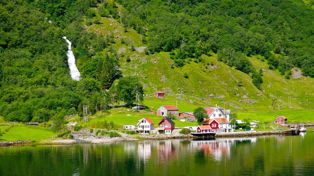 Gudvangen, Fjord