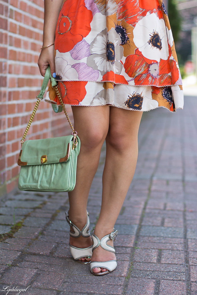grey tee, floral skirt, mint bag-6.jpg