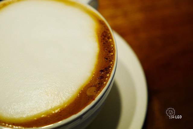[台北 大安]–沉澱一切–後門咖啡