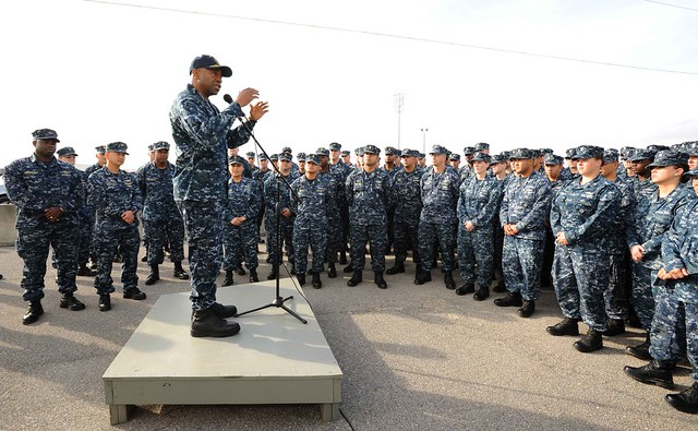 PASCAGOULA, Miss. - Rear Adm. Frank Ponds, commander of Expeditionary Strike Group 3, holds an all-hands call with Sailors assigned to amphibious assault ship Pre-Commissioning Unit (PCU) America (LHA 6).