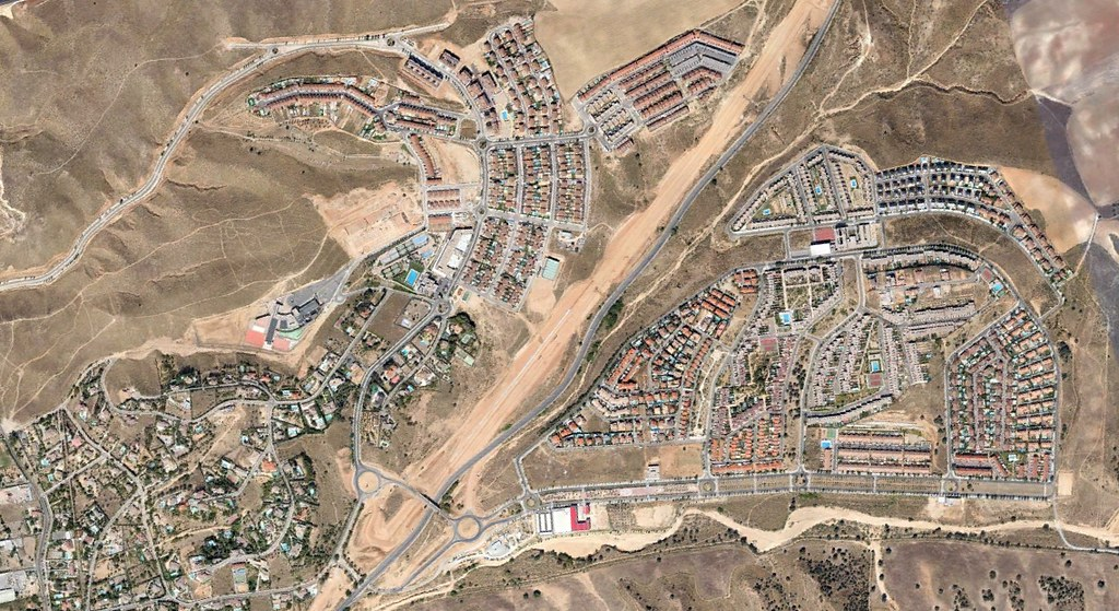 toledo, noroeste, geneicum, después, urbanismo, planeamiento, urbano, desastre, urbanístico, construcción, rotondas, carretera