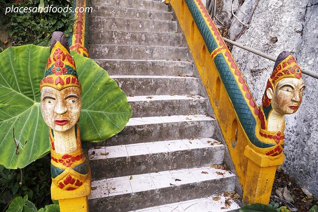 phatthalung phra khao chaison stairs