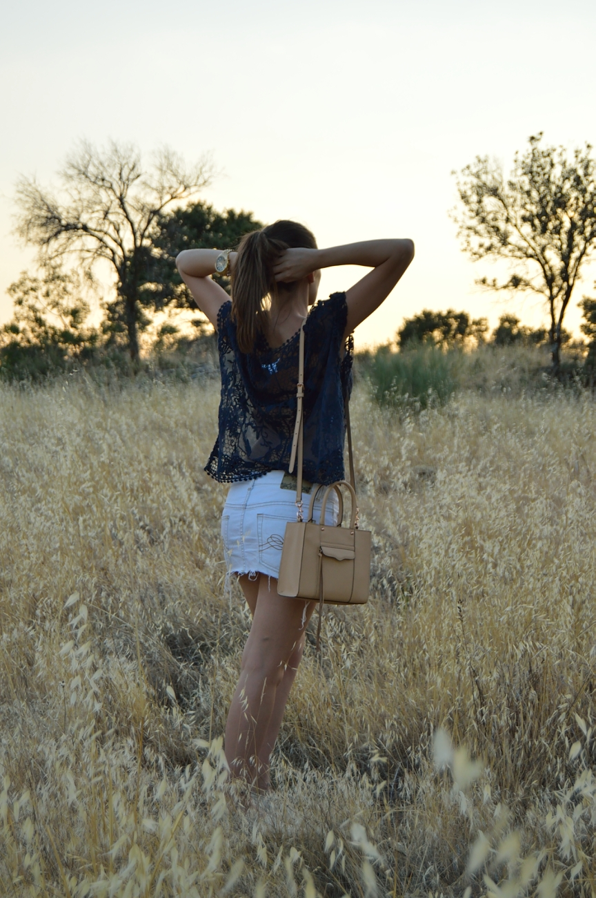 lara-vazquez-mad-lula-fashion-trends-look-lace-look-countryside