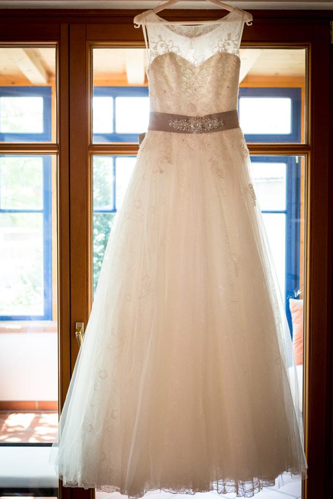 Hochzeit_Brautkleid 00
