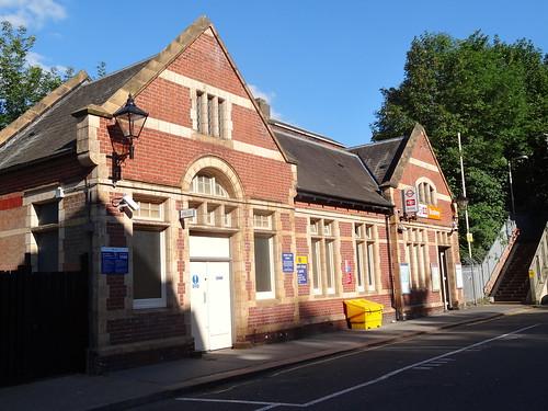 133 - Bushey Station