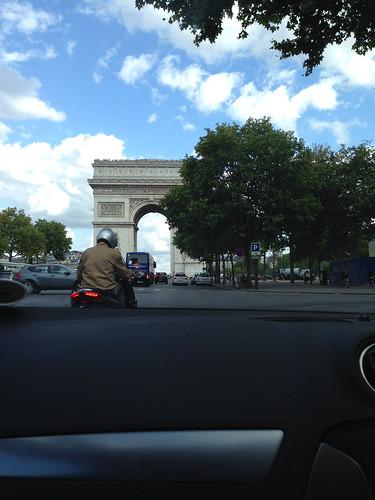 Traffic lights before Arc de Triomphe, Paris