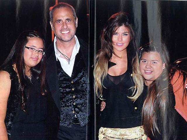 Jorge Rial junto a sus hijas