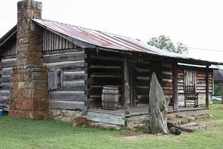 Log Cabin / P2013-0902D153