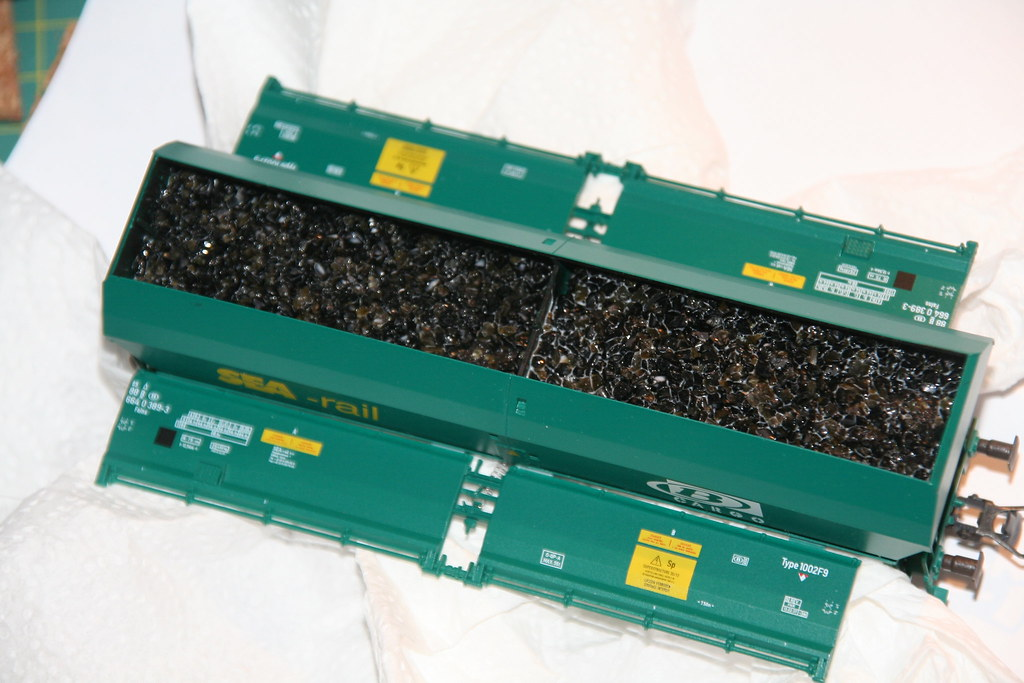 """Chargement de charbon pour wagon de type """"Falns"""" 14997067146_a4c738e59e_b"""