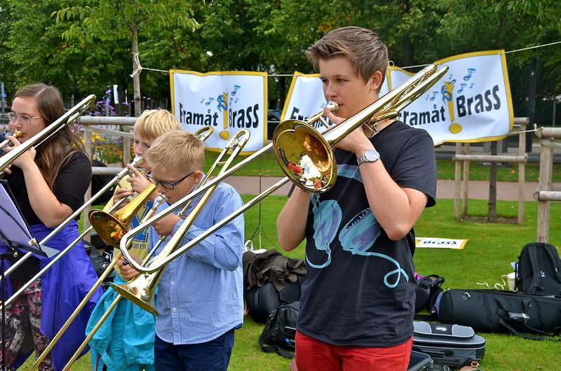 Trombonister i olika åldrar