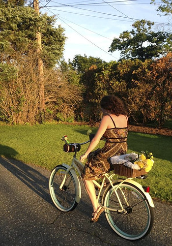 Me & my shadow bike ride sunny day sundress RARE vintage FREE PEOPLE Urban kitsch floral wallpaper hippie Bohemian 70s retro sundress