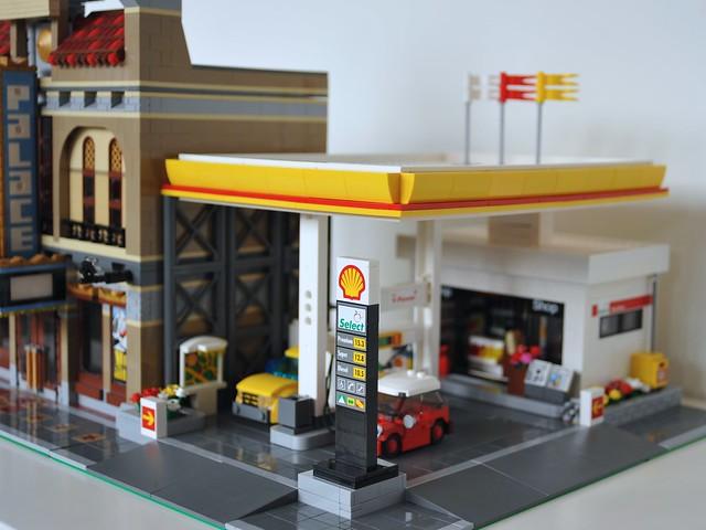 moc modular shell gas station lego town eurobricks forums. Black Bedroom Furniture Sets. Home Design Ideas
