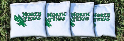 NORTH TEXAS MEAN GREEN WHITE CORNHOLE BAGS