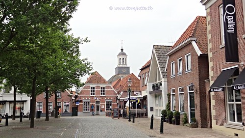 travel houses sun house holiday holland nature netherlands dutch bike bicycle buildings cycling vakantie europe view you sony nederland cybershot tourists cycle views fietsen overijssel kerkplein webshots ootmarsum fietsvakantie hx9v