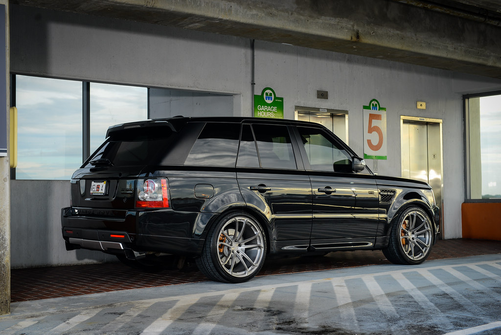 "2011 Range Rover Sport Supercharged on 22"" Velos S4 Forged ..."