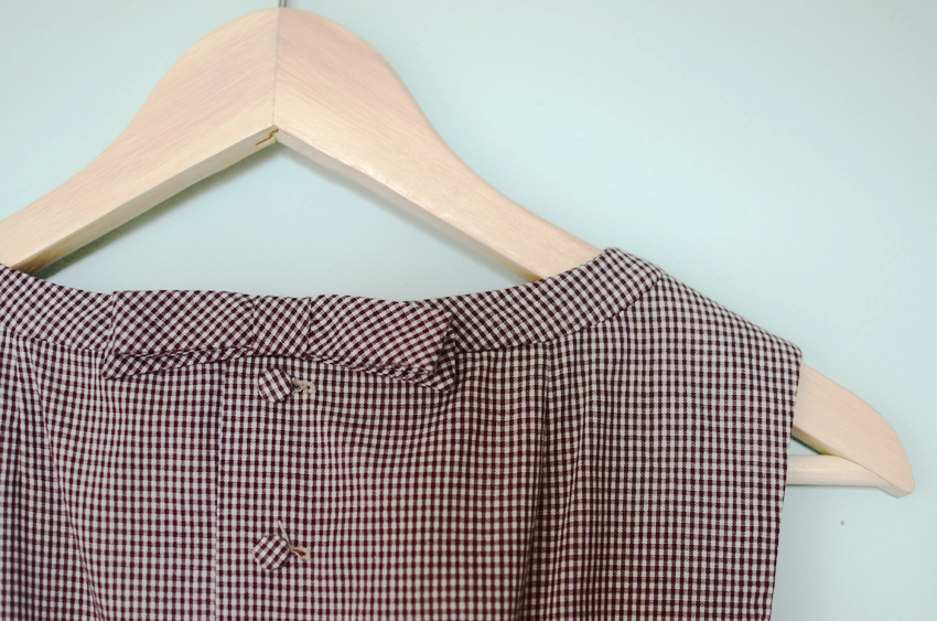 brown-gingham-bow-dress-1960s b