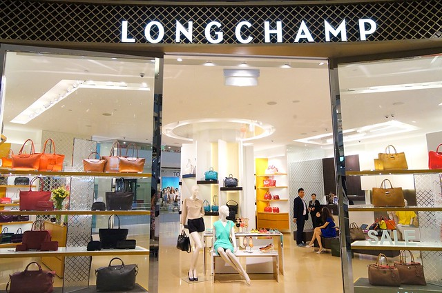 Personalize your Longchamp Le Pliage Cuir at Pavilion Malaysia-008