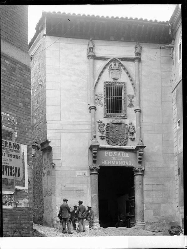Posada de la Hermandad a comienzos del siglo XX. Fotografía de J. Lacoste © MECD, Fototeca del IPCE, signatura VN-22645_P