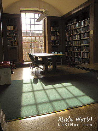 Inside the Main Library, The University of Manchester