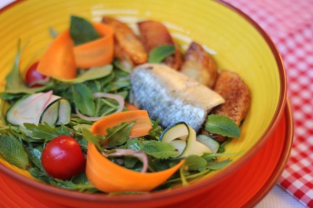 salada de sardinha com batata