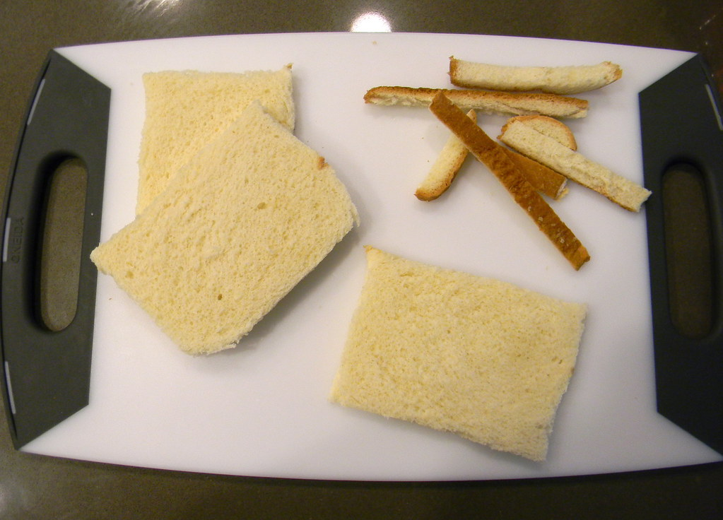 Sliced Buttermilk Bread Crusts