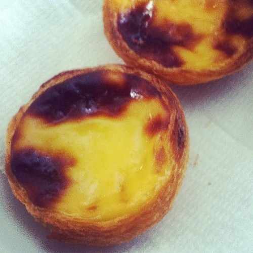 The pasteis de nata at Pastelaria Aloma, winner of the best egg tarts in Lisbon two years running. Amazingly flaky and crispy, with a taste somewhere right between sweet and rich. #portugal