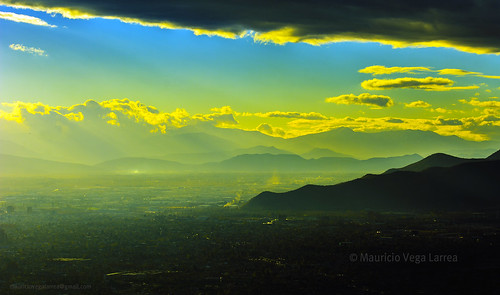chile santiago yellow nikon amarillo nubes 70200 ocaso norte