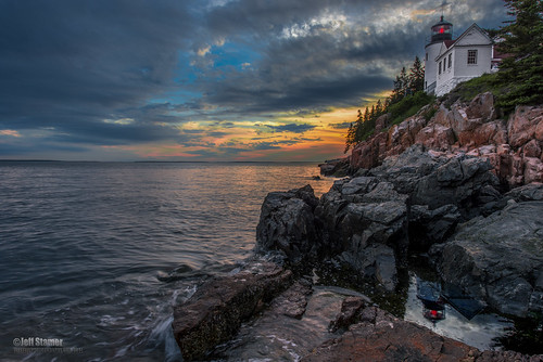 ocean light sunset lighthouse nationalpark bass maine acadia bassharbor