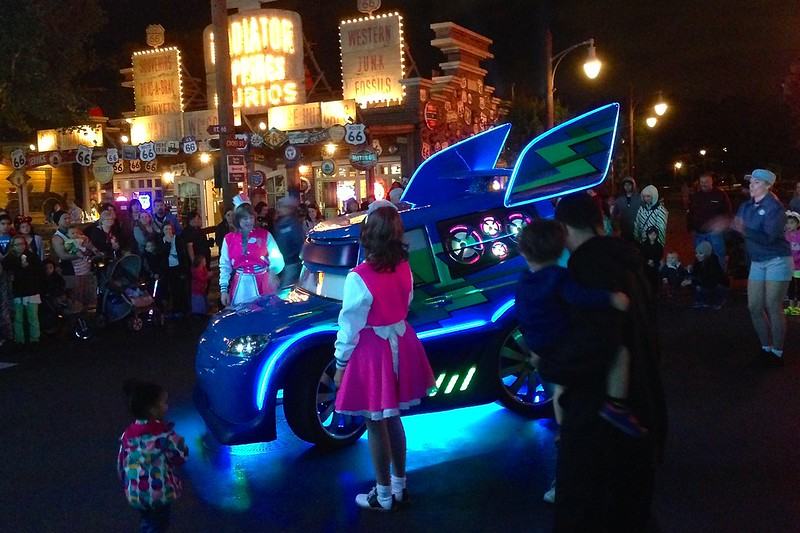 Light up cars at Carsland