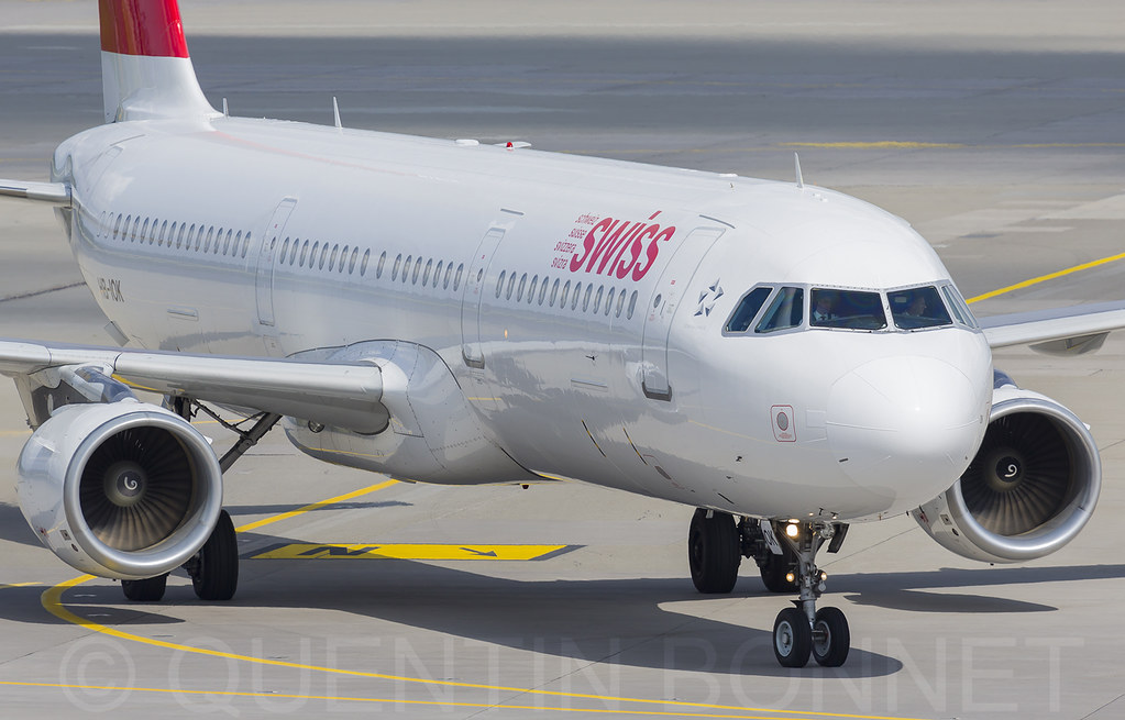 Swiss Airbus A321-111 HB-IOK
