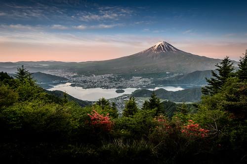 morning blue summer lake green japan sunrise cloudy fujisan mtfuji yamanashi kawaguchiko kawaguchikolake shindotoge