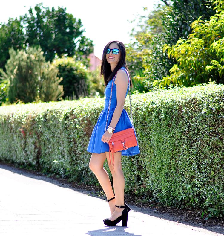 Blue Dress_02