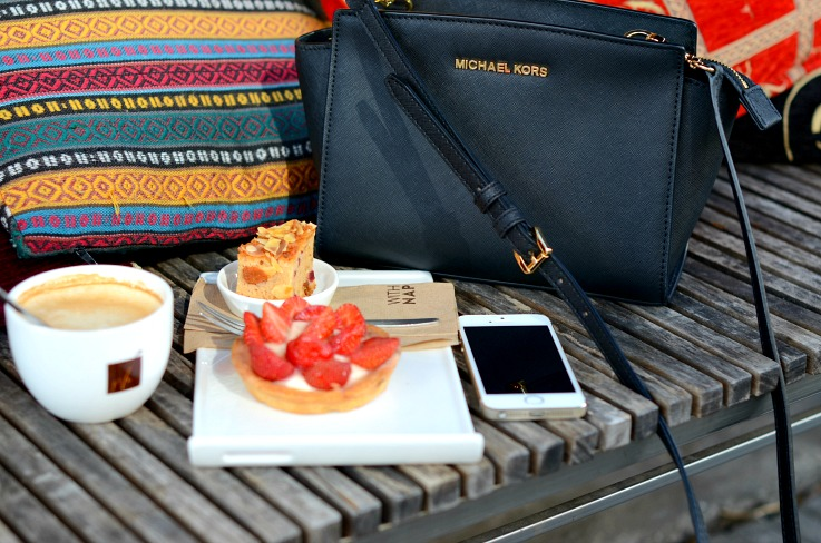 DSC_3691 Coffee and strawberry cake, Michael Kors selma bag