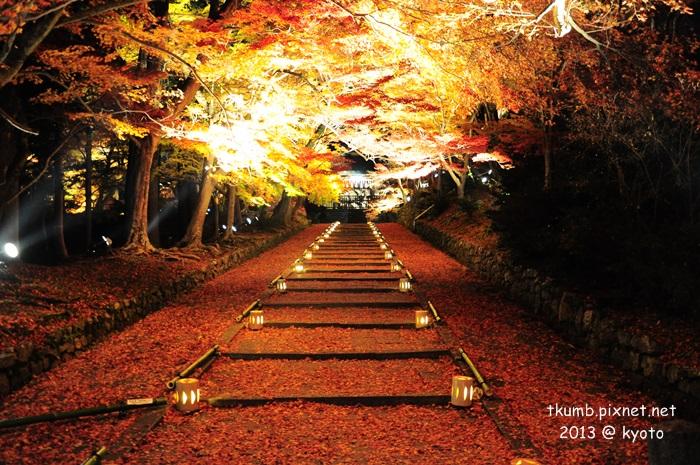 毘沙門堂夜間點燈 (18).jpg