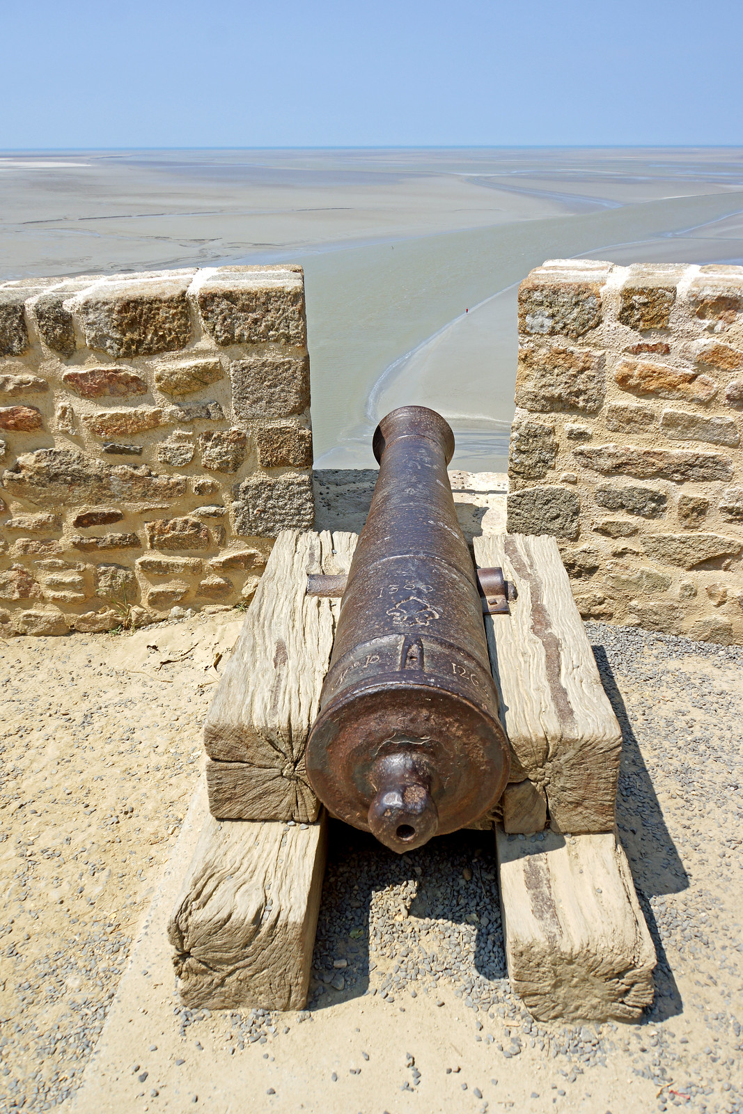 France-000994 - Cannon