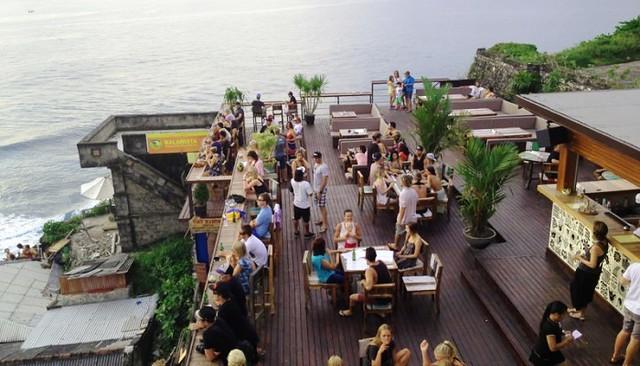 Singlefin Cafe Menu