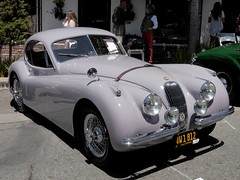 jaguar mark 2(0.0), jaguar mark 1(0.0), mitsuoka viewt(0.0), jaguar xk150(0.0), sports car(0.0), jaguar s-type(0.0), automobile(1.0), jaguar(1.0), daimler 250(1.0), jaguar xk120(1.0), jaguar xk140(1.0), vehicle(1.0), automotive design(1.0), antique car(1.0), vintage car(1.0), land vehicle(1.0), luxury vehicle(1.0),