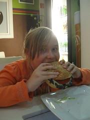 2014-03-budapest-174-hamburger restaurant