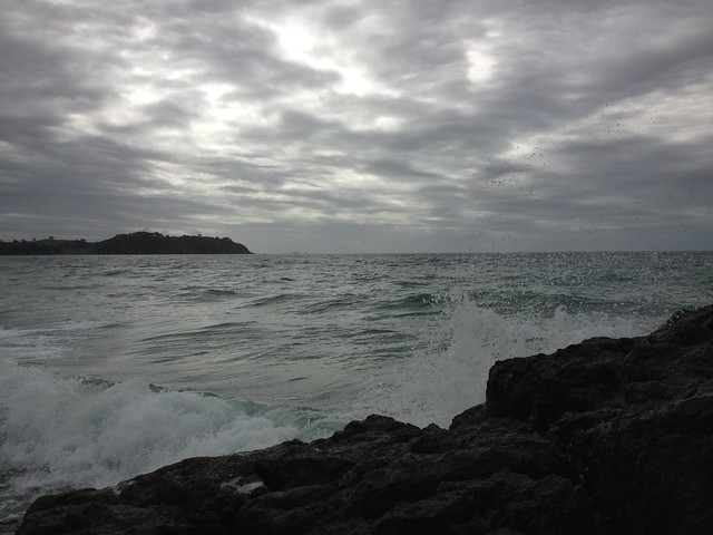 Waves crashing | Waiheke Island