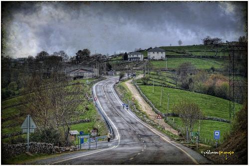 <b>Hospital es una de las aldeas que cruza el Camino, en su tramo entre O Cebreiro y Samos en la provincia de Lugo.