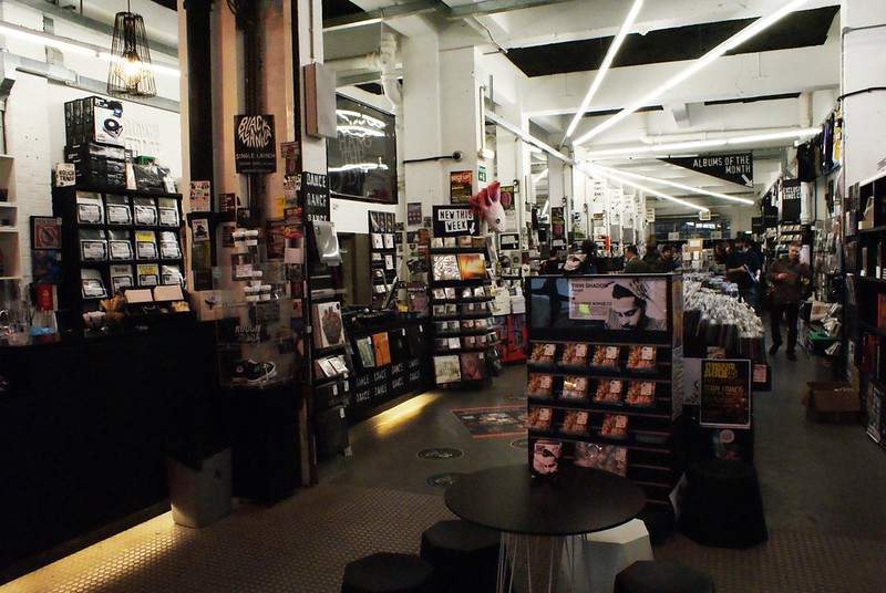 Disquaire Rough trade à Shoreditch, Londres.