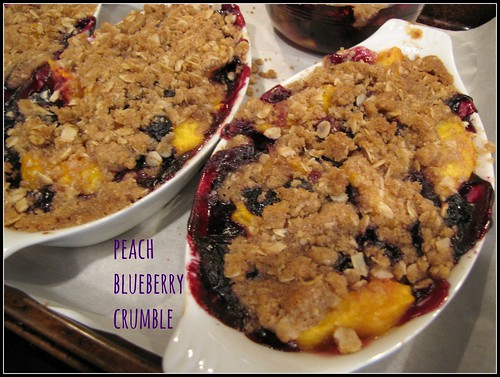 Peach Blueberry Crumble (with GF options) - Idiot's Kitchen