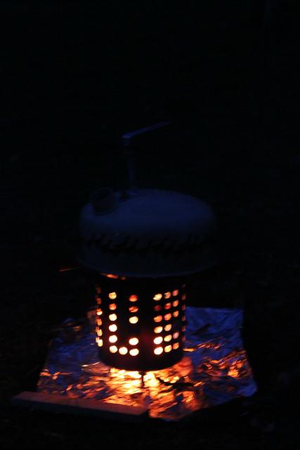 Holzkocher aus Besteckabtropfständer II