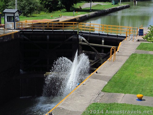 I think the lock doors at Lock 32 don't seal tight! Erie Canal Path, Rochester, New York