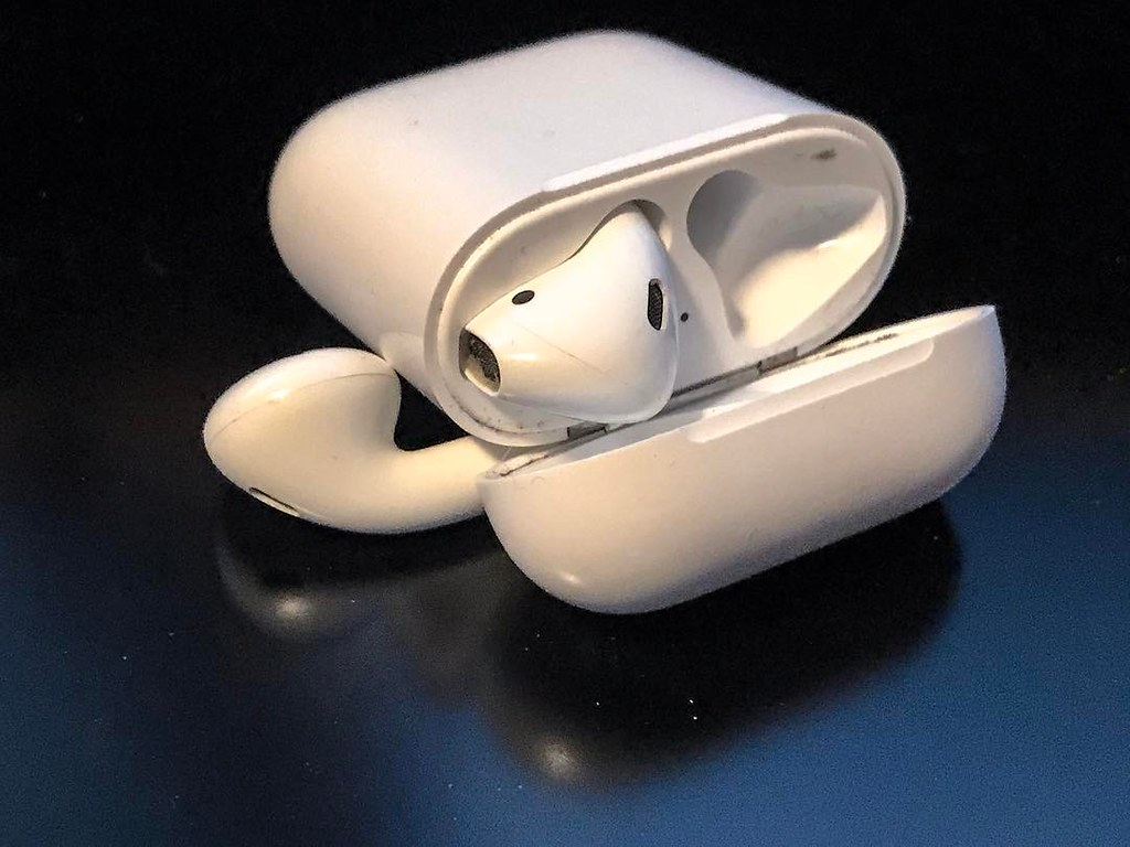#apple #airpods love these