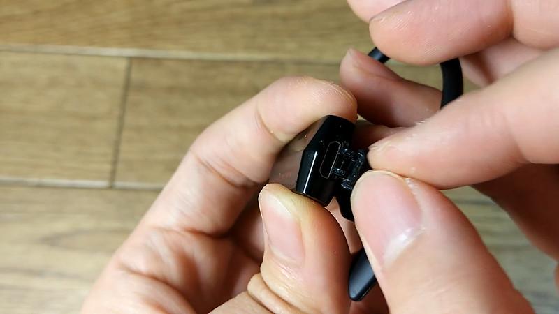 NC-300 ONDTECH Bluetoothイヤホン.Still016