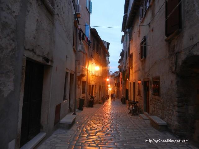 Древние улицы в Ровине